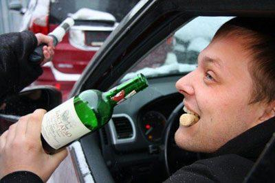 Пьяный человек за рулем