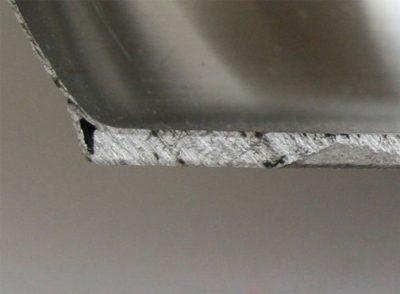 Заключение алюминия в нержавеющую сталь