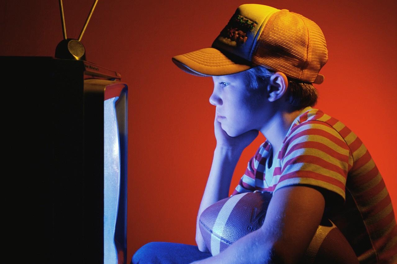 Влияние телевизора на здоровье человека