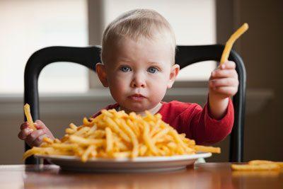 Вредная еда для ребенка
