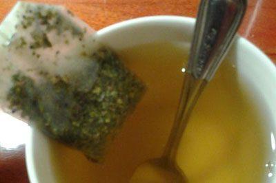 Заваренный пакетик чая