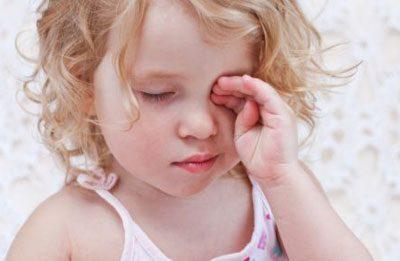Сонный ребенок