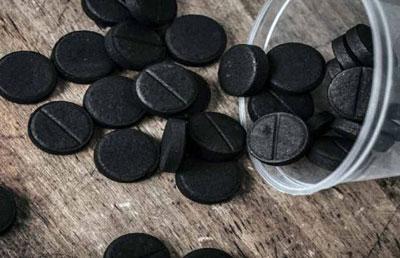 Можно ли принимать просроченный активированный уголь