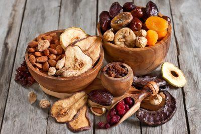 Фрукты и орехи