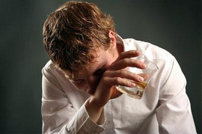 Чем вызвать рвоту от алкоголя