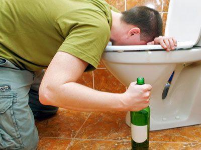 Рвота при отравлении алкоголем