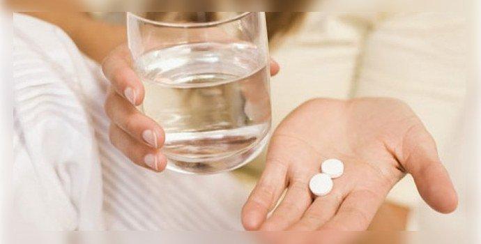 beremennaya-piet-tabletki.jpg