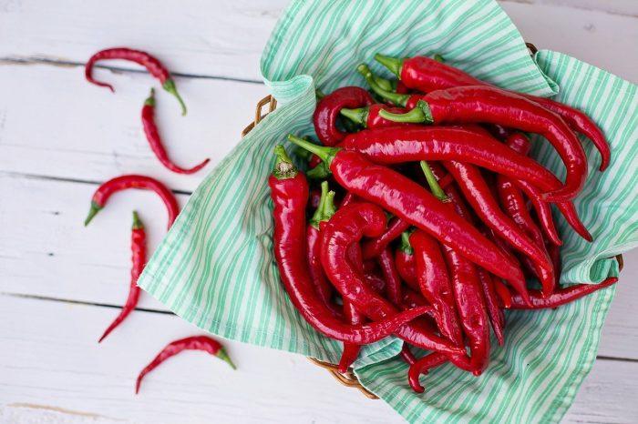 cayenne-peppers-2779832_1280-700x466.jpg