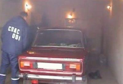 Выхлопные газы в гараже