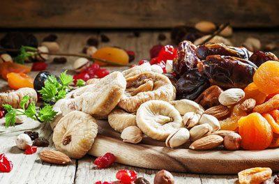 Качественные сухофрукты и орехи