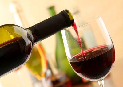 Симптомы и лечение отравления вином