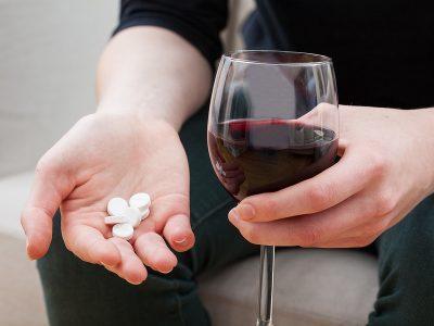 Совмещение лекарства с алкоголем