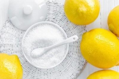 Симптомы и лечение отравления лимонной кислотой