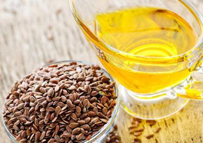 Зачем и как принимать льняное масло: о пользе, вреде и противопоказаниях