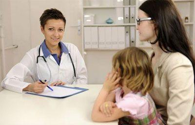 Ребенок на консультации у доктора