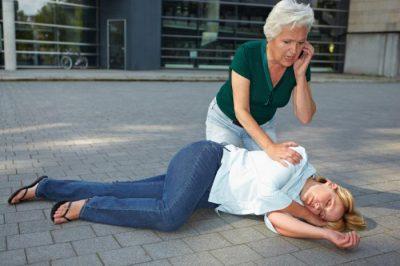 Оказание первой помощи при потере сознания