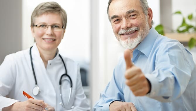 pacient-pokazyvaet-klass-width-670.jpg