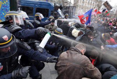Разгон демонстраций