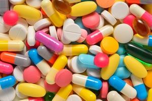 pills_9-300-1.jpg