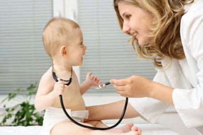 Грудничок у врача