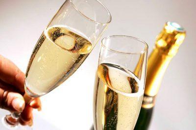 Осторожно, шампанское: симптомы и причины отравления