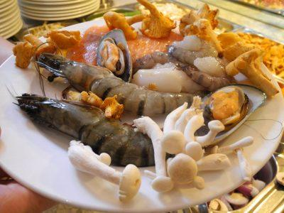 Сырые морепродукты