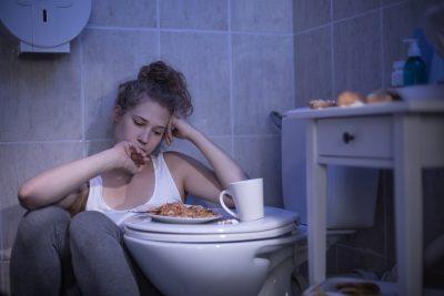 Причины рвоты после еды