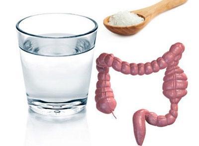 Как очистить кишечник соленой водой дома