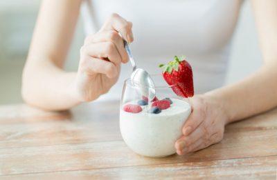 Употребление йогурта