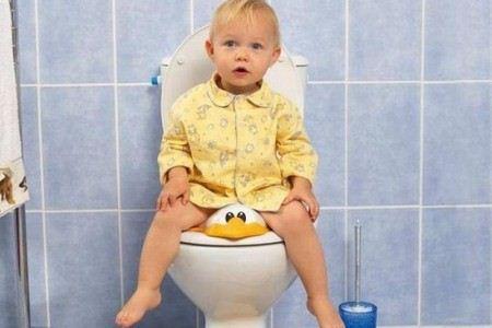 Желтый понос у ребенка
